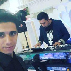 سنه دیلر از ابراهیم علیزاده در سایت فاز موزیک