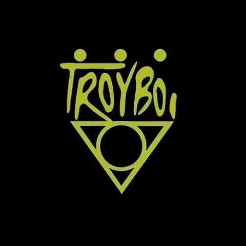 آهنگ جدیدDo You Love Me TroyBoi